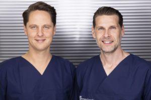 Dr. med. F. Hecker und Dr. med. S. Rösler haben mit Durchführungen von Bauchdeckenstraffungen langjährige Erfahrung.