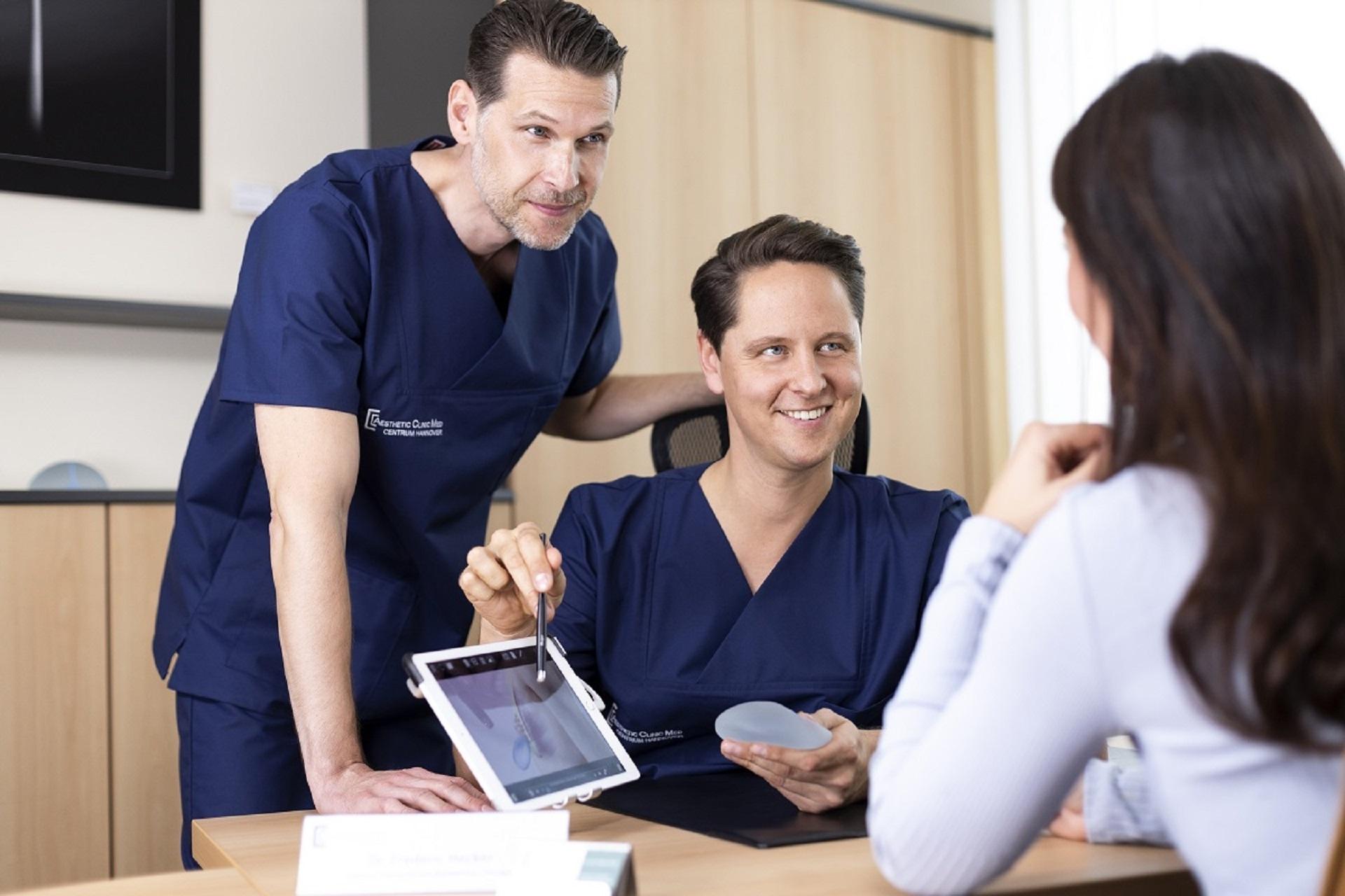 Ihre Experten für eine Brustvergrößerung mit Implantaten